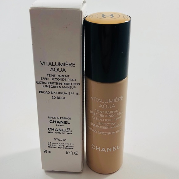 CHANEL Other - Chanel Vitalumiere Aqua Foundation 20 Beige